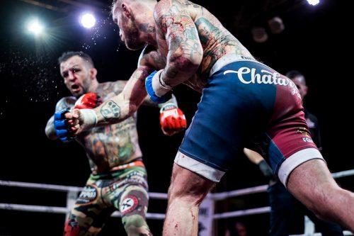 Combate de MMA Boxeo y Muay Thai entre Jose luis Zapater y Javier Garcia Roche