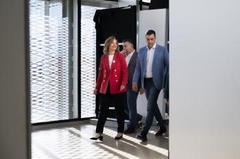 Pilar-Alegría-durante-la-campaña-electoral-2019-Mitin-Pedro-Sanchez