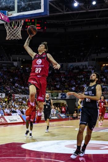 Basket-Zaragoza-Krejci
