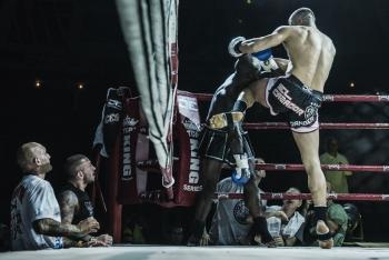 Cesar-Cordoba-derribando-al-oponente