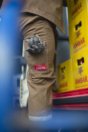 Reportaje-nuevo-uniforme-trabajadores-de-Ambar