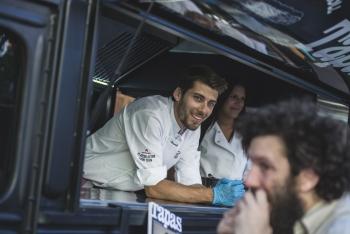 Plate-Selector-Food-Trucks-