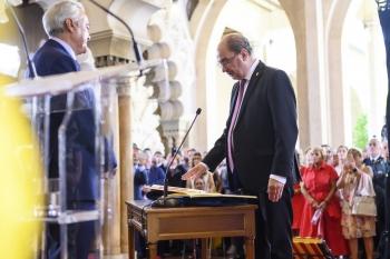 Javier-Lambán-tomando-posesión-de-su-cargo-de-Presidente-del-Gobierno-de-Aragón