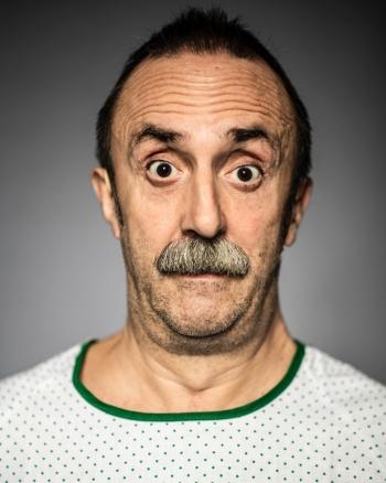 Santi-Rodriguez-Retrato-Cómico